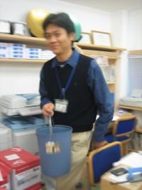 ゴム箱と山金.JPG